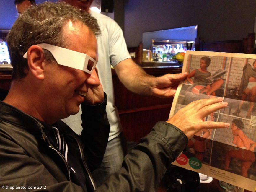 menu at tapas bar 3D glasses