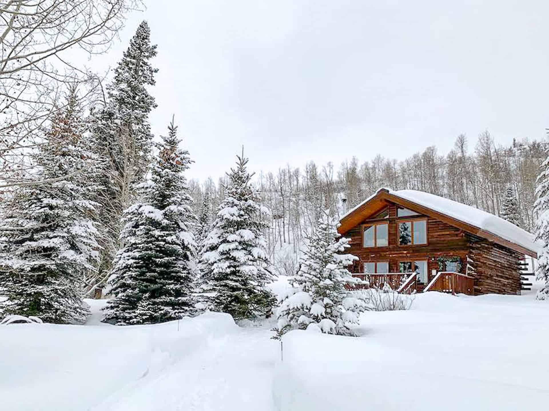 winter cabin in colorado