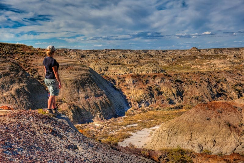 Dinosaur Provincial Park – Glamping Tour in the Alberta Badlands