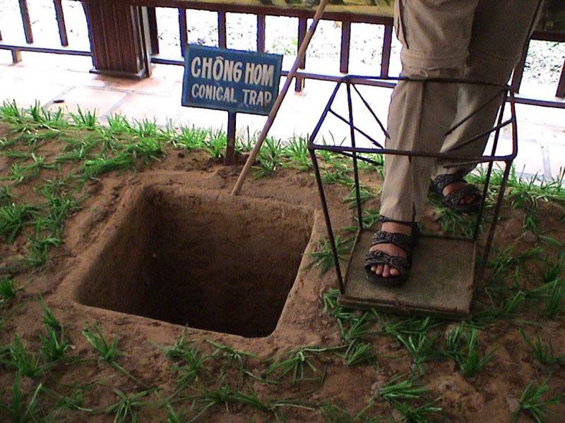 cu chi tunnels vietnam booby trap