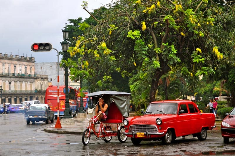 photo of rickshaw in cuba