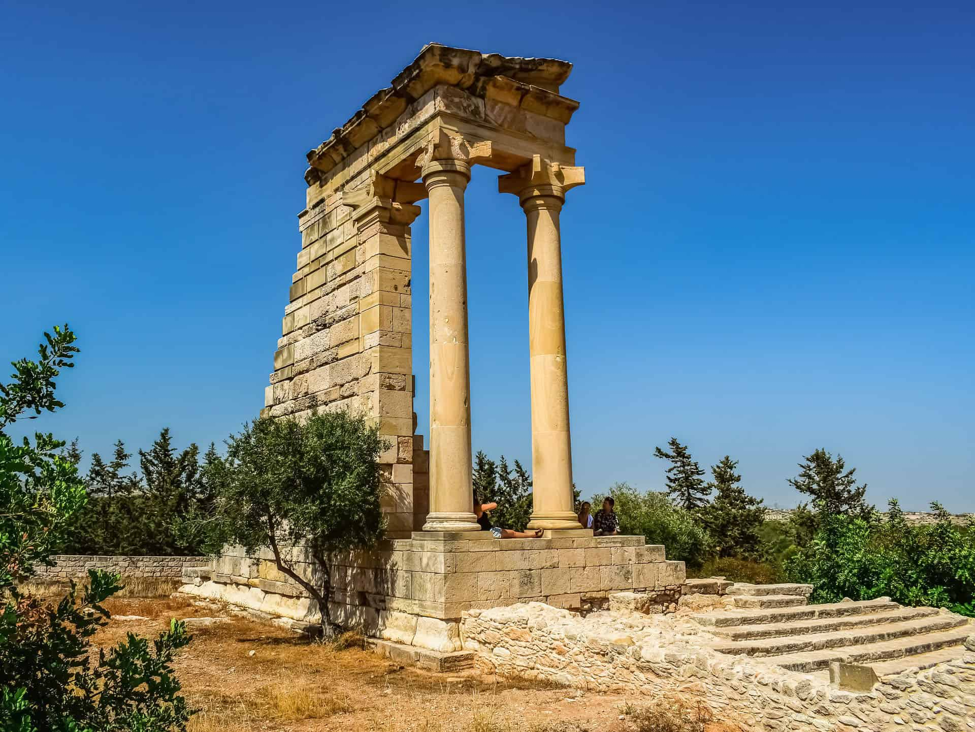 best places in cyprus sanctuary of apollo