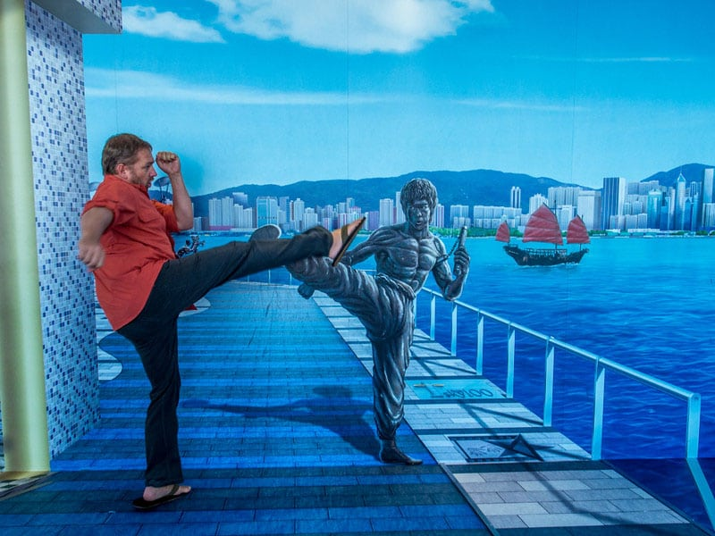 things to do in honk kong | dave kicks bruce lee