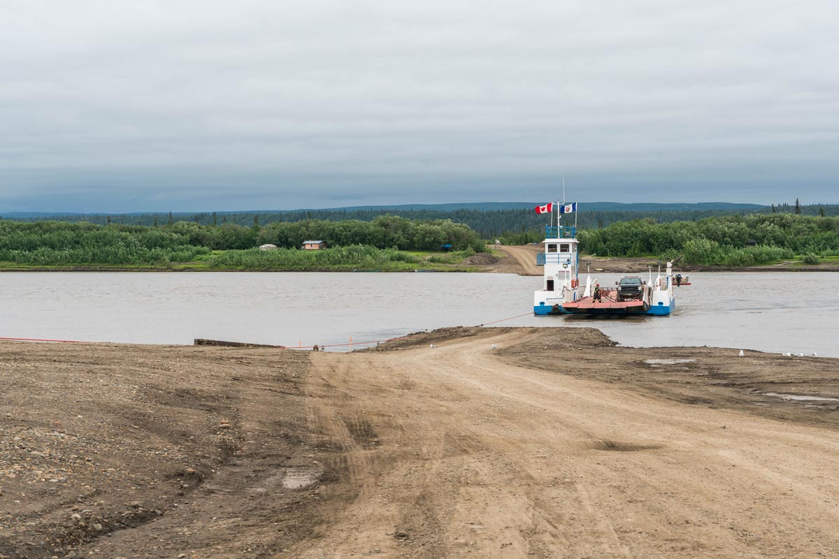 ferry crossings dempster highway