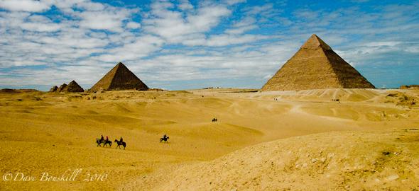 discovering egypt pyramids
