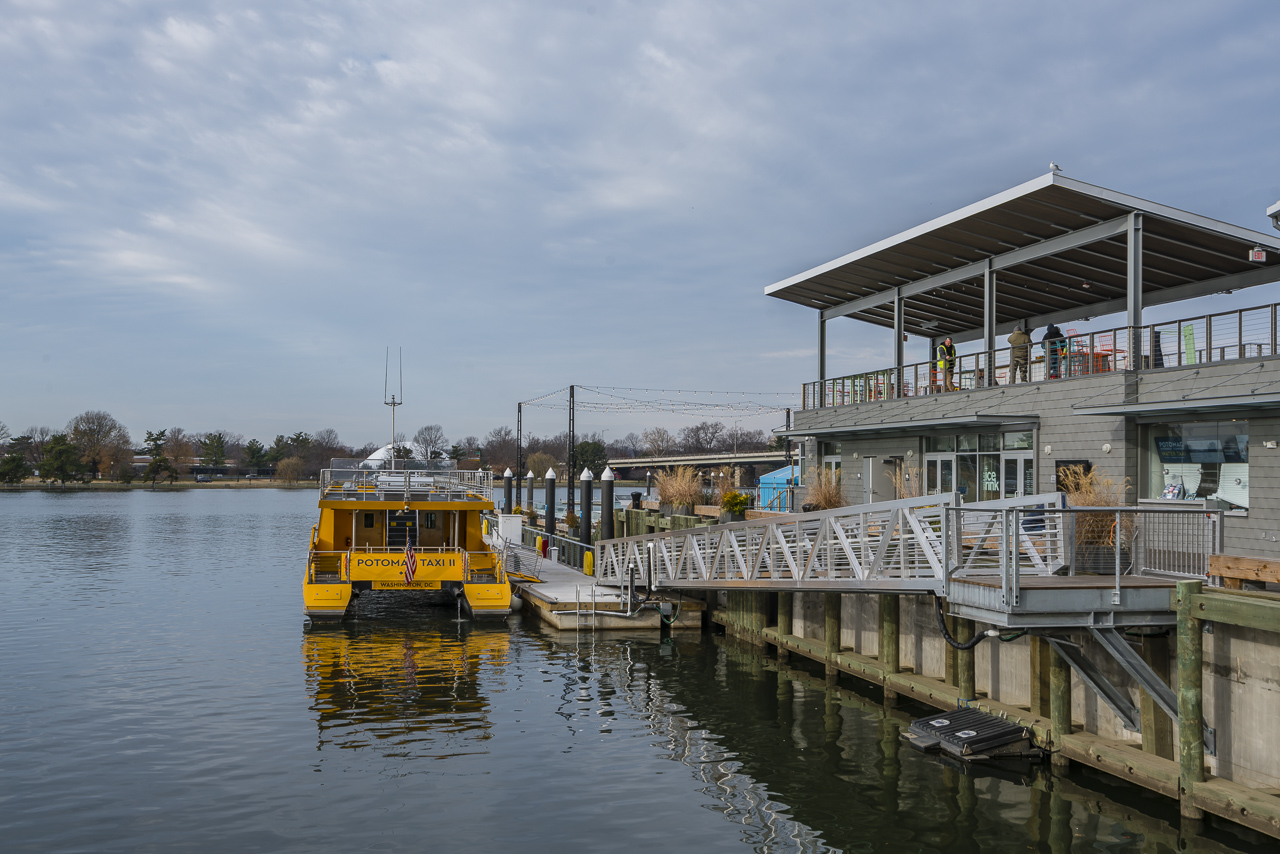 district wharf water taxi
