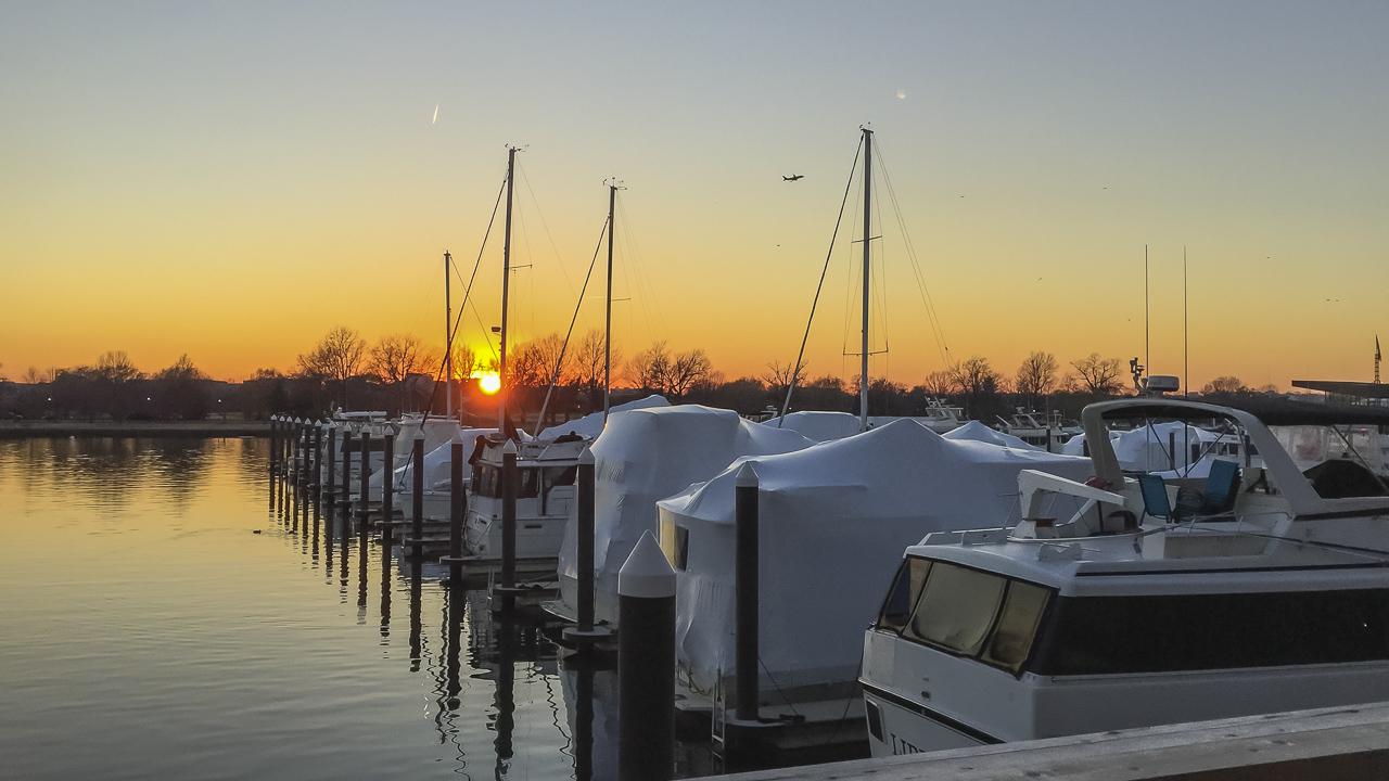 district wharf yacht club