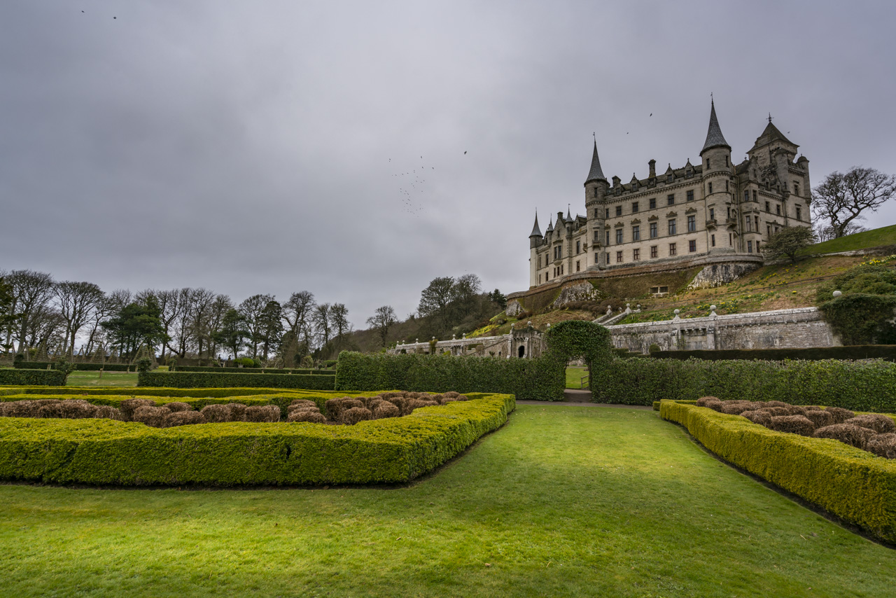 Dunrobin Castle: A Fantasy-Like Castle in Northern Scotland