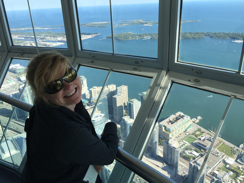 edgewalk cn tower deb