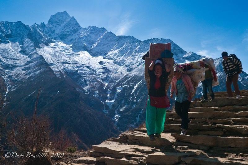 ebc trek women porters