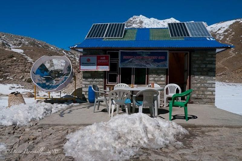 solar energy on route to everest