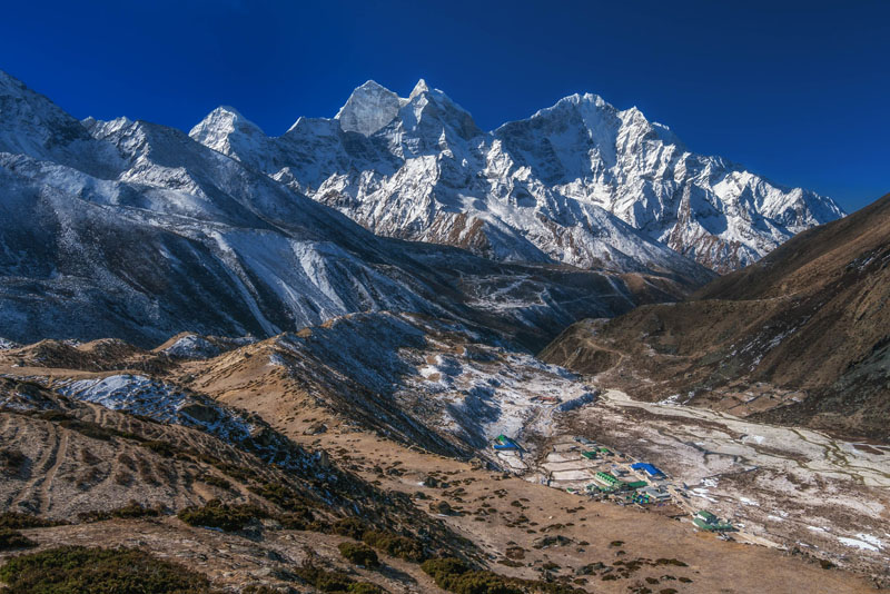 everest village