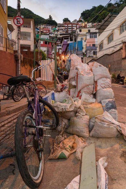 favelas-rio-de-janeiro-11