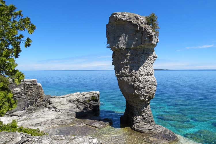Places to visit in Ontario like Flowerpot Island
