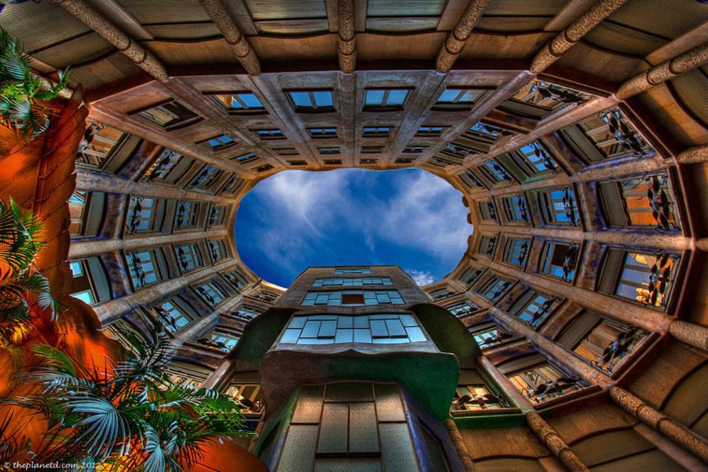 Gaudi in Barcelona – The Must See Buildings