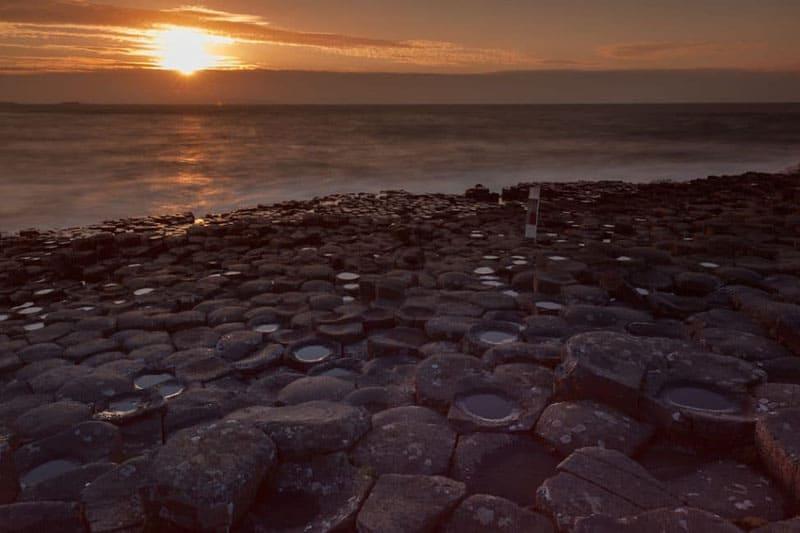 giants causeway sunrise