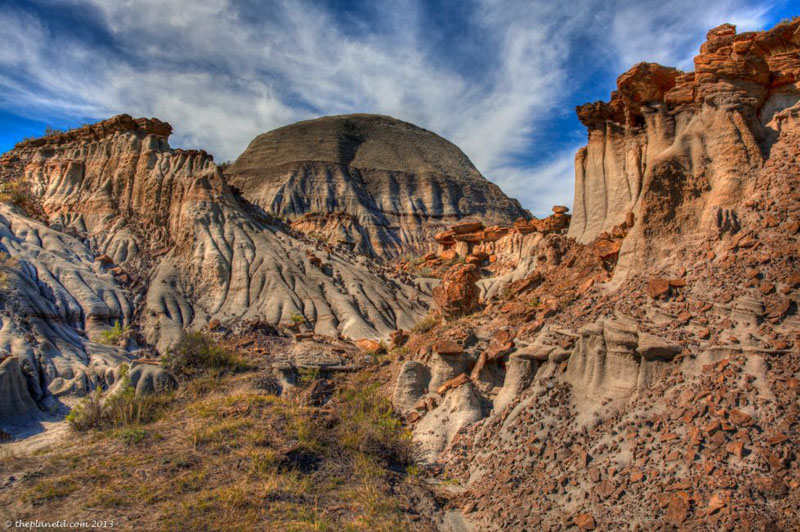 glamping dinosaur provincial park mountains