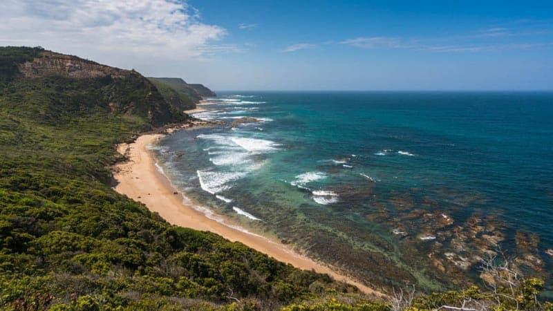 extraordinary views of the great ocean road coast