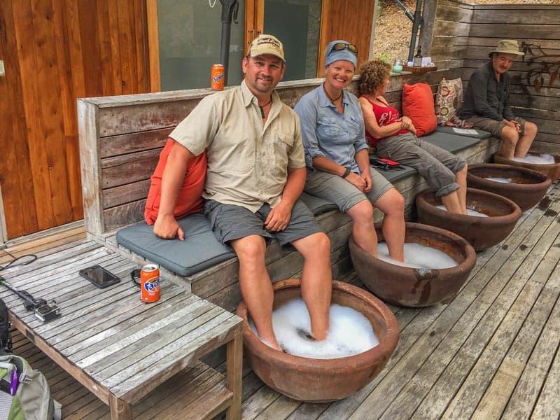 great ocean road tour with twelve apostles lodge feet tubs