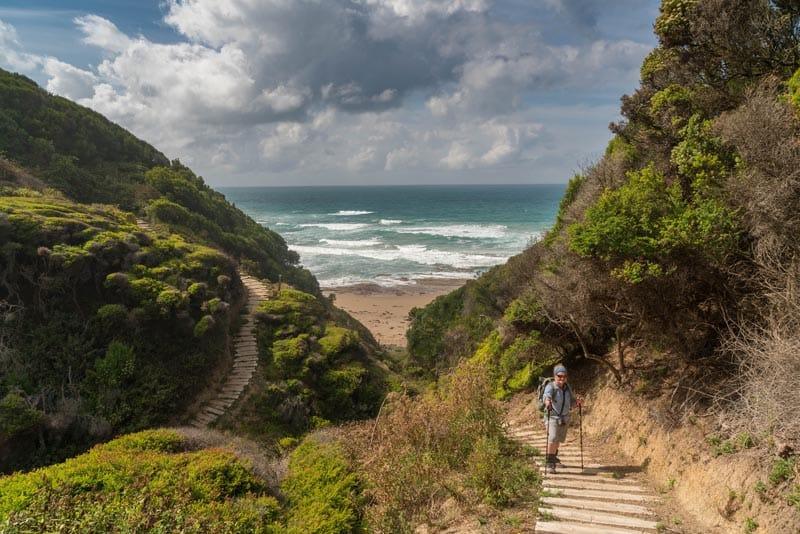 great ocean trail to twelve apostles australia