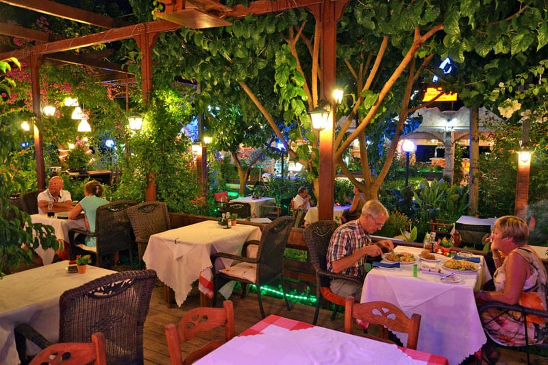 greek food guide taverna