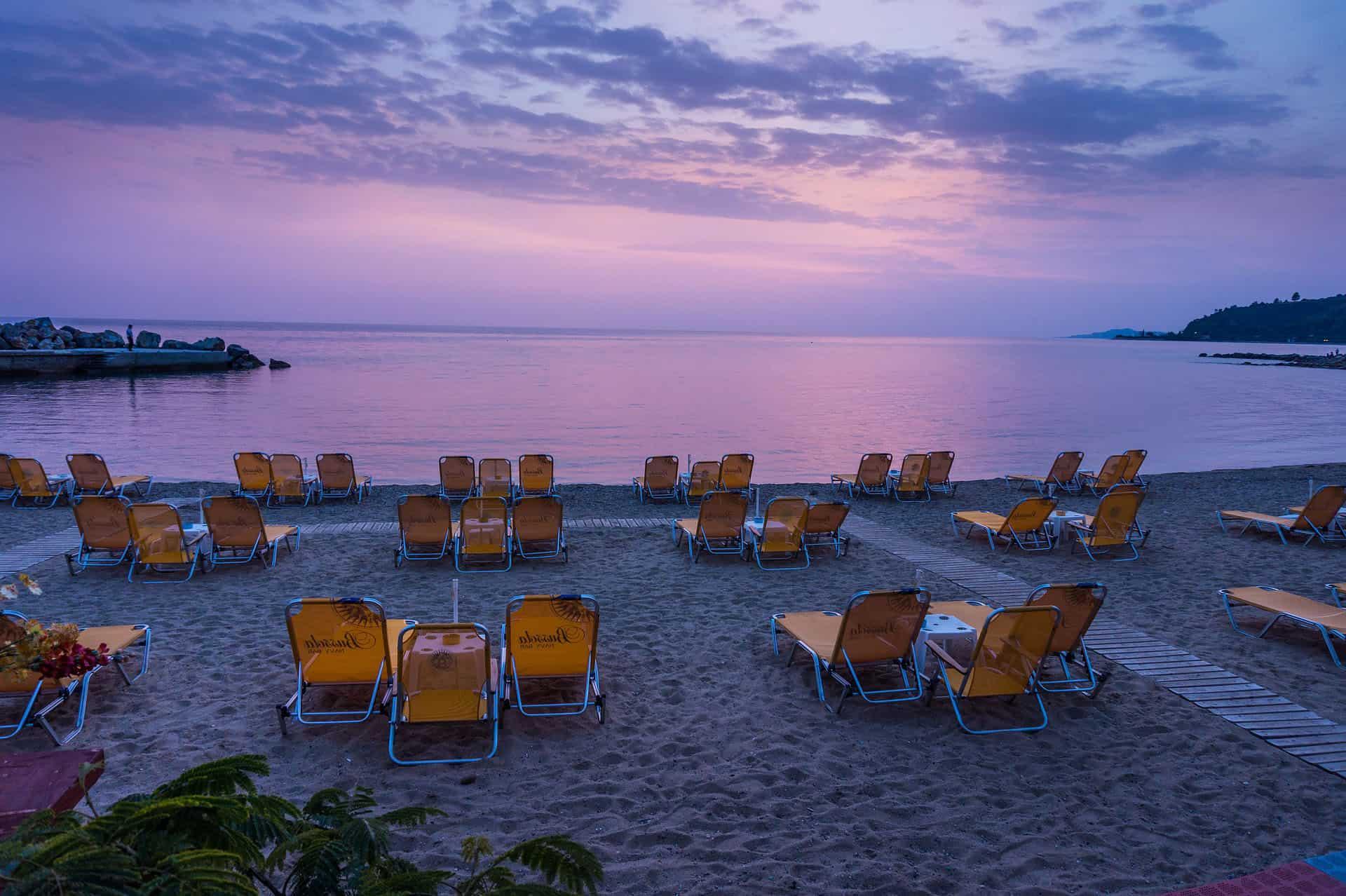 places to visit in Halkikiki - sunset beach