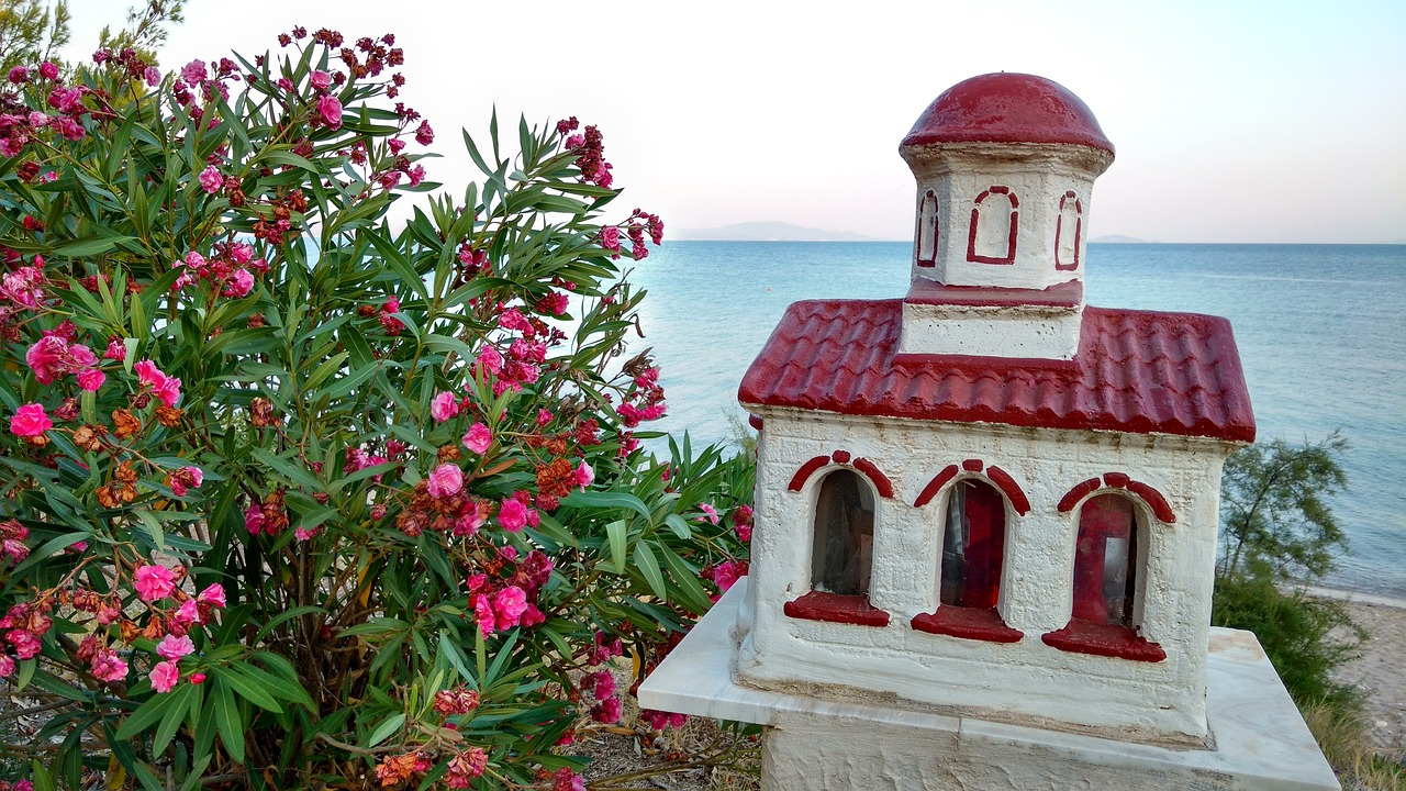 halkfidiki greece ceramic house on beach