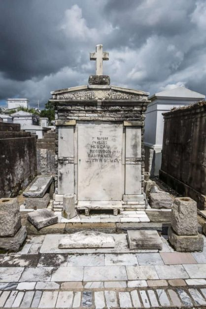 best cities for halloween new orleans cemetery