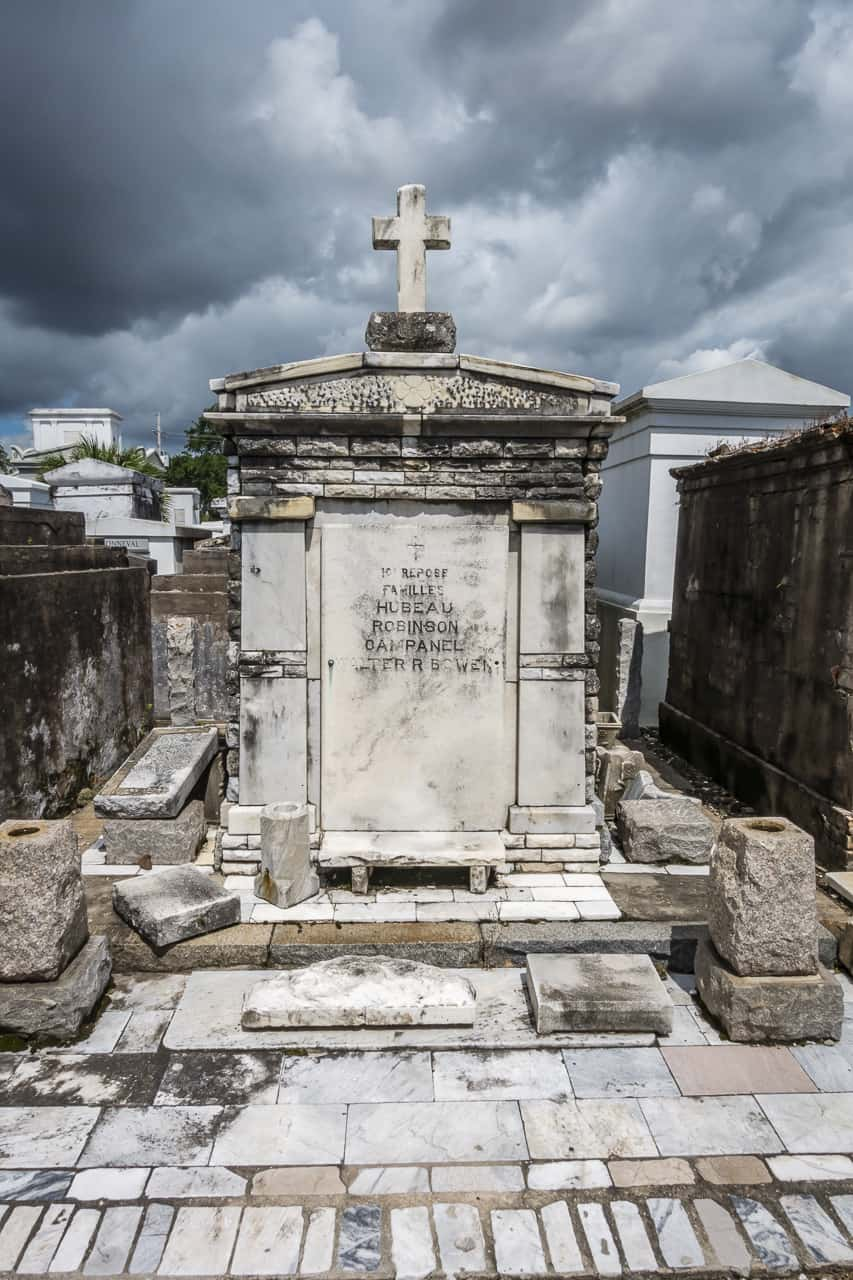 haunted new orleans graves