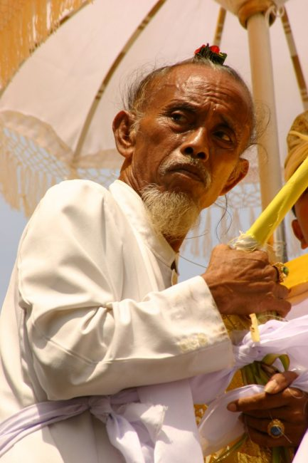 priest at bali cremation