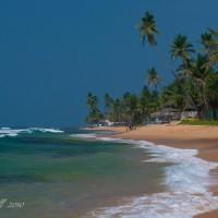 hikkaduwa-beach-sri-lanka.jpg