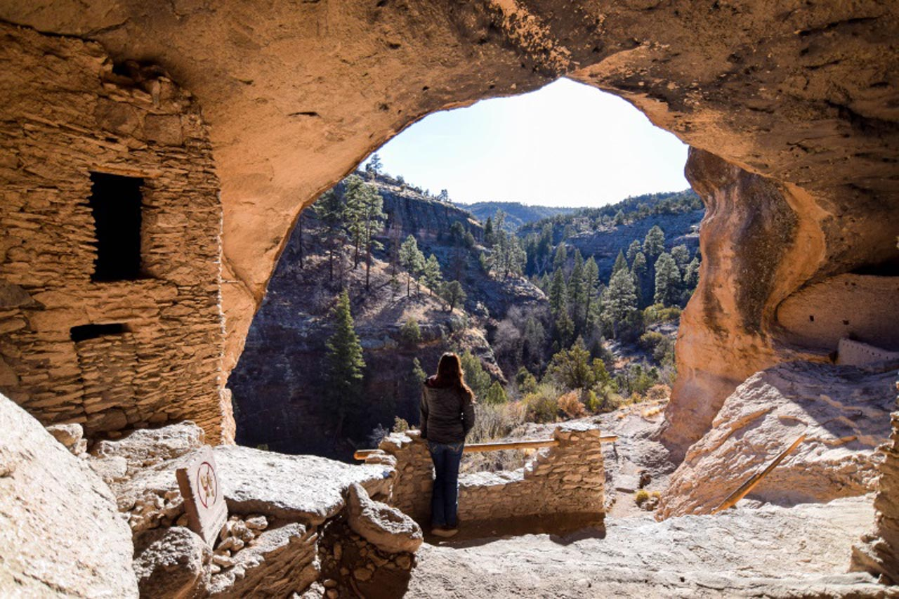 gila cliff dwellings inside new mexico