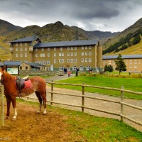 adventure travel, ride a horse at Vall de Nuria Lodge in Spain