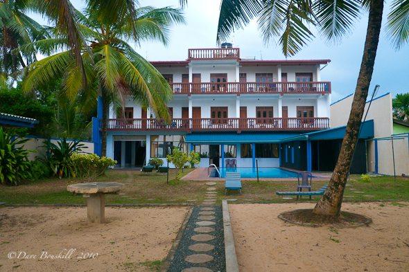 beach-hotel-hikkaduwa-sri-lanka