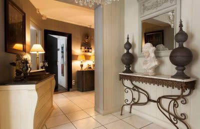 paris on a budget accommodation