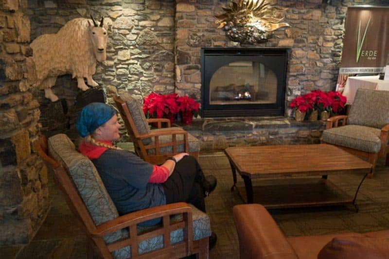 where to stay in banff lake louise