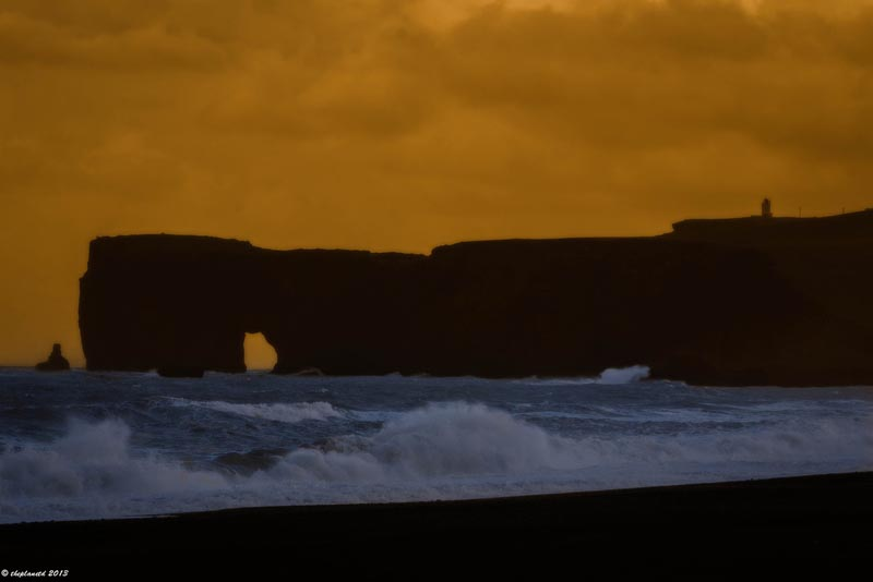 iceland pictures vik sea arch