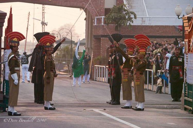 indian border security raise their swords