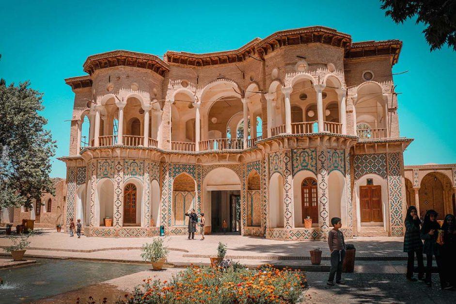 iran travel blog | shazdeh garden kerman