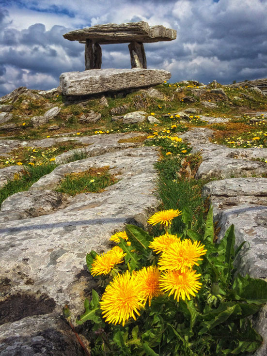 poulnabrone burren ireland photos