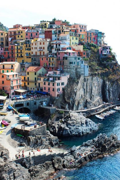 cinque terre italy coastal towns