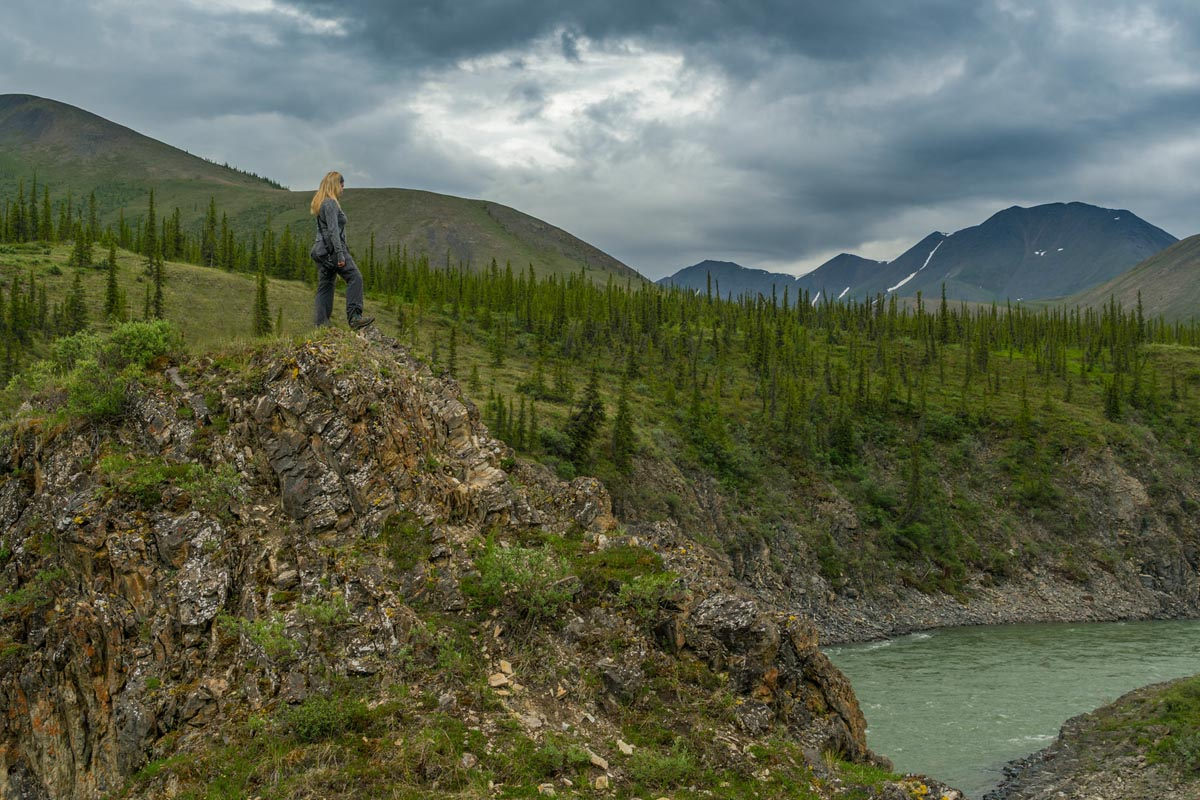 guided hikes northern yukon