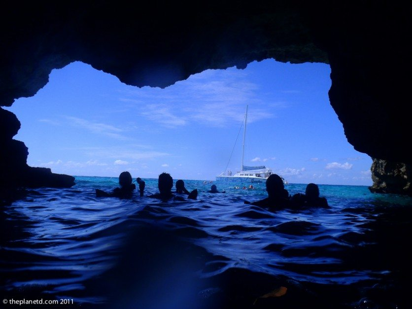 things to do in Jamaica pirates cave