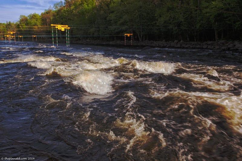 kayaking course whitewater