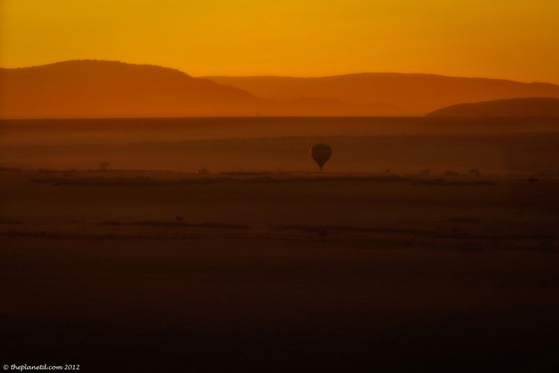 balloon at sunrise over masai mara