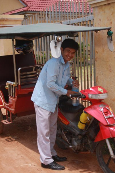 inspirational travel tuk tuk driver in Cambodia