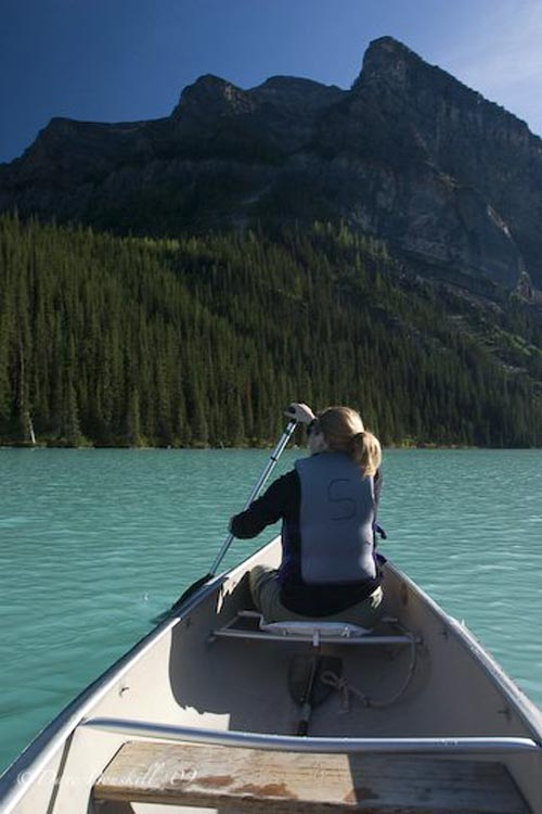 canoe lake louise alberta