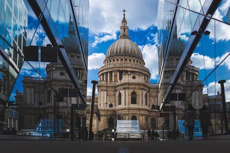 st pauls cathedral | famous landmark of london