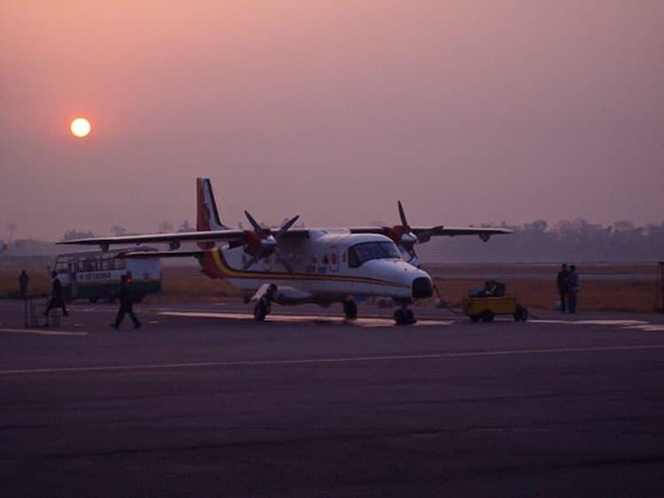 flight to lukla nepal plane