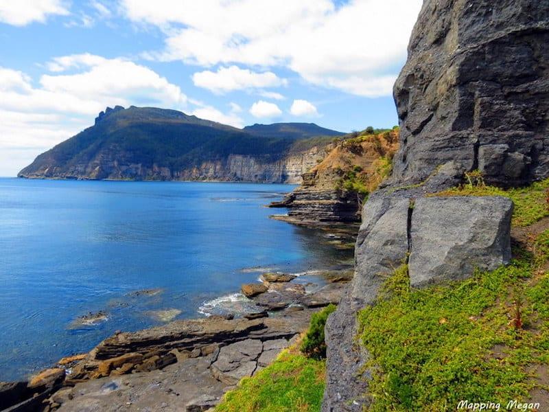 maria island australia cliffs